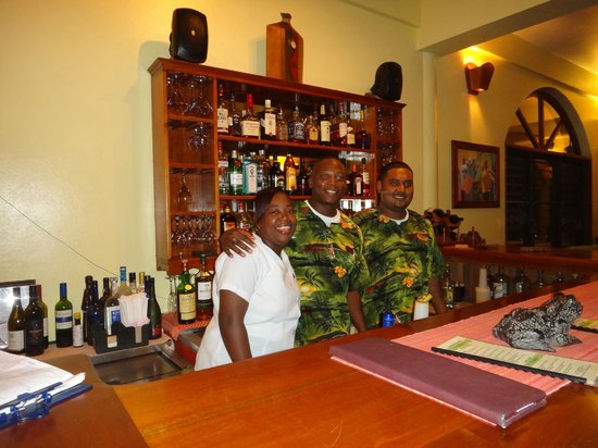 Hamanasi Adventure and Dive Resort :                                     Mark, Elvira And Kenneth - Happy Hour