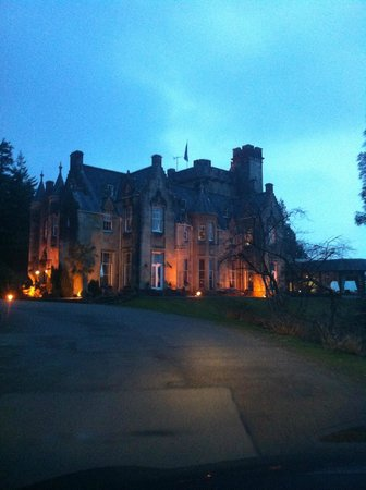 Stonefield Castle Hotel:                   The approach at dusk...