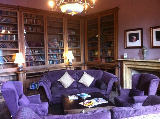 Stonefield Castle Hotel:                   Library
