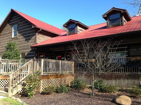 Miss Lily's Cafe :                   rustic