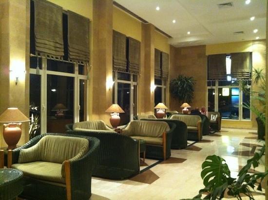 Sea Garden Hotel:                   reception