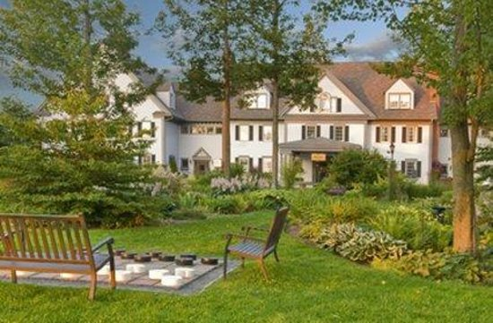 The Essex, Vermont's Culinary Resort & Spa: Exterior