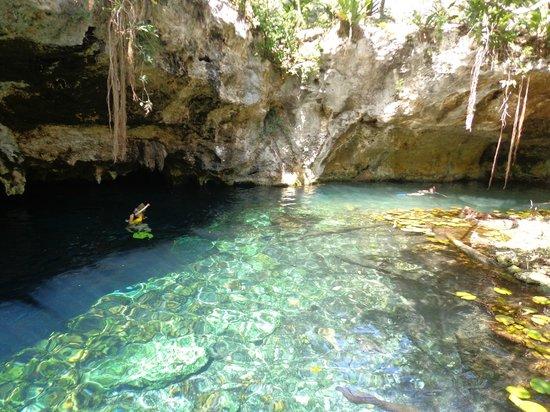 Nueva Vida de Ramiro:                   Gran Cenote