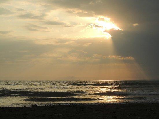 Beach Break Resort :                                     coucher de soleil