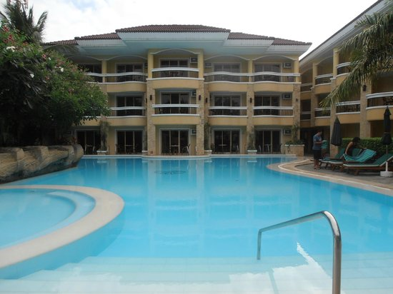 Henann Regency Resort & Spa:                   North wing and north wing pool
