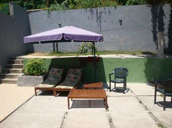 Bossa in Rio Hostel:                   Terraza