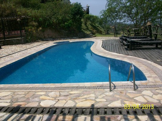 Kyambura Gorge Lodge: pool