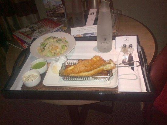 Macdonald Windsor Hotel: room service fish n chips