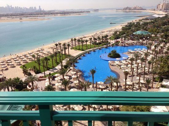 Atlantis, The Palm:                   View from balcony