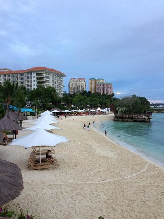 Shangri-La's Mactan Resort & Spa: .