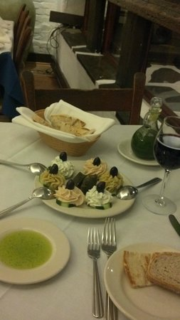 Taverna Cretekou:                   Sampler