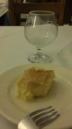 Taverna Cretekou:                   Dessert, with wine