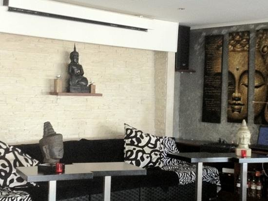 Cafe Del Mare :                                     ambiance zen