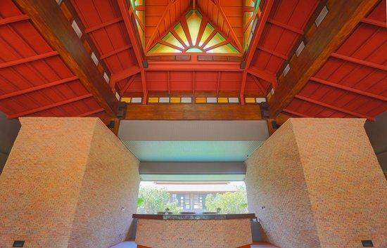 Ayrest Hua Hin Hotel:                   Lobby