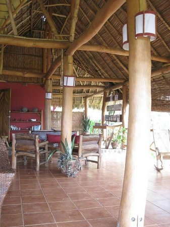Totoco Eco-Lodge:                   Reception area