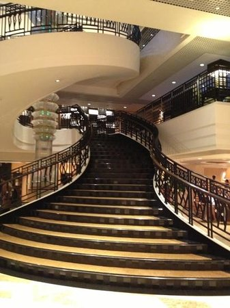 Sheraton Hong Kong Hotel & Towers:                   grand staircase in lobby