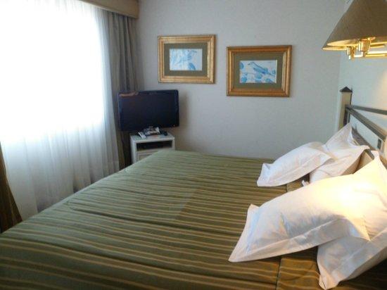 Suites Del Bosque Hotel: La habitación