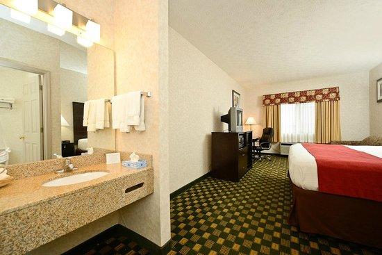 Best Western Paris Inn : room