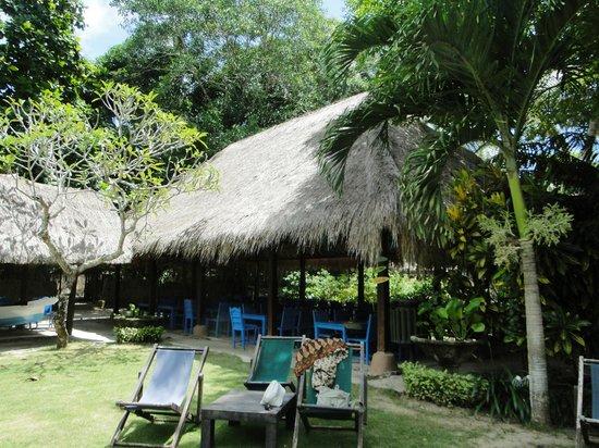 Hai Tide Beach Resort:                   Зона отдыха