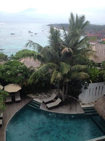 Batu Karang Lembongan Resort & Day Spa:                   suite view sweet:)