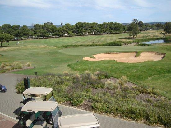 4th green picture of glenelg golf club novar gardens. Black Bedroom Furniture Sets. Home Design Ideas