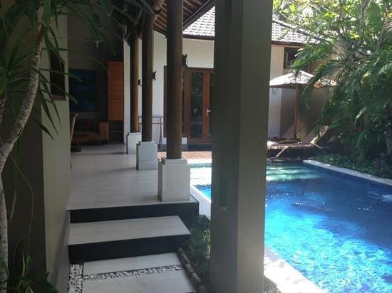 Lakshmi Villas:                                     Villa Solo Pool