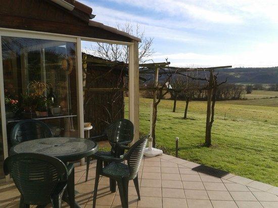 Le Bidou :                   veranda prima colazione( riscaldata)