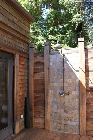Calistoga Ranch, An Auberge Resort:                                     Outdoor Shower