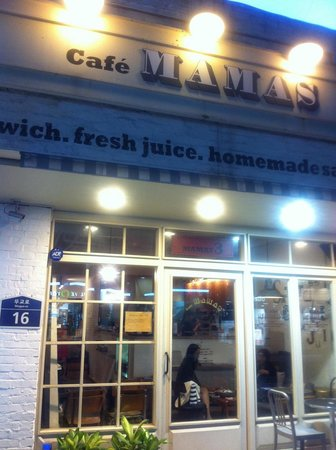 Cafe Mamas City Hall
