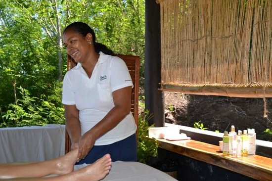 Nanuya, Fiji: Linda - massage QUEEN xx OMG!! Best ever!!! EVER..