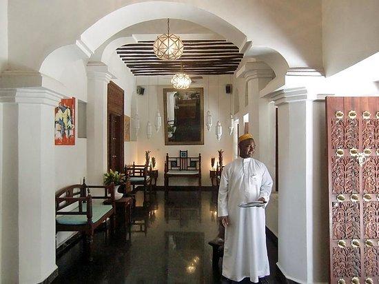 Maru Maru Hotel : Hotel lobby