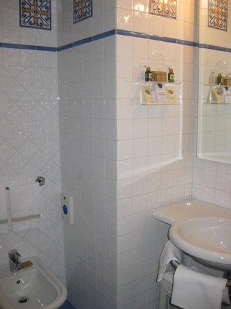 Il Guelfo Bianco: Bathroom