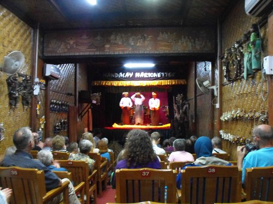 Mandalay Marionettes Theater : Mandalay Marionettes: the finale, encore, applause etc