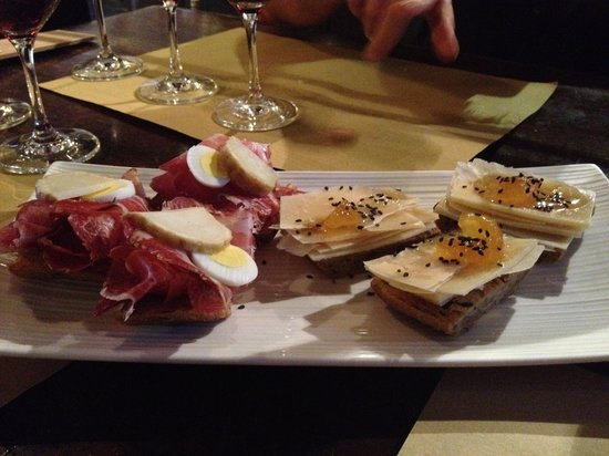 The Venetian Vine : Delicious snacks that came with the wine tasting