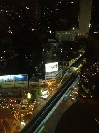 The Continent Hotel Bangkok by Compass Hospitality:                   view from our room on floor 31!