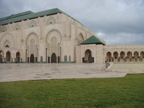 Interieur de la mosqu e photo de mosqu e hassan ii for Mosquee hassan 2 interieur