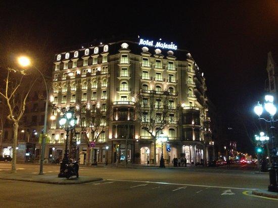 Majestic Hotel & Spa Barcelona:                   Facciata