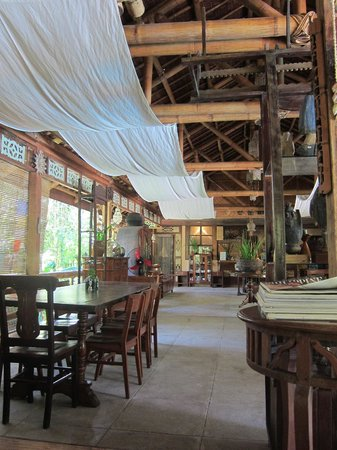 The Sun Villas and Spa:                   Dining