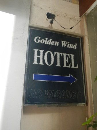 Golden Wind Hotel:                                     Signage