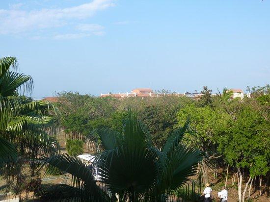 Memories Varadero Beach Resort:                                     Vue du balcon de notre chambre
