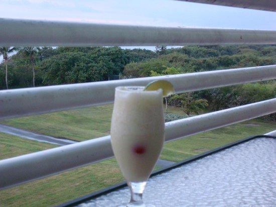 Hilton Ponce Golf & Casino Resort:                   Awe - a pina colada for a night cap