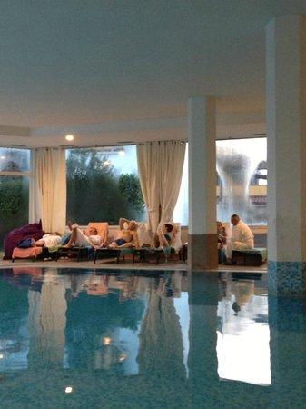 Hotel Aqua: Piscina
