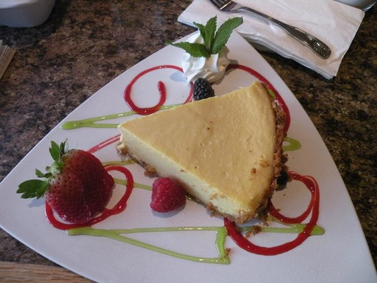 Crow's Nest Beach Bar & Grille:                   Keylime pie... a work of art and a large piece!