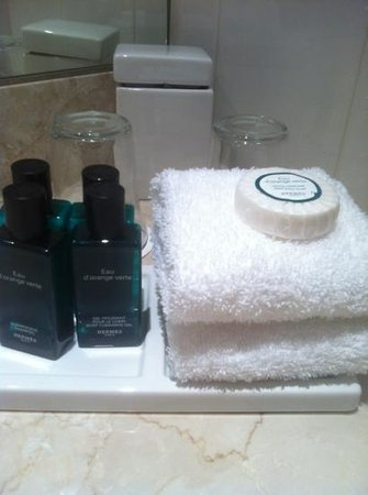 Sofitel London Gatwick:                   complimentary toiletries
