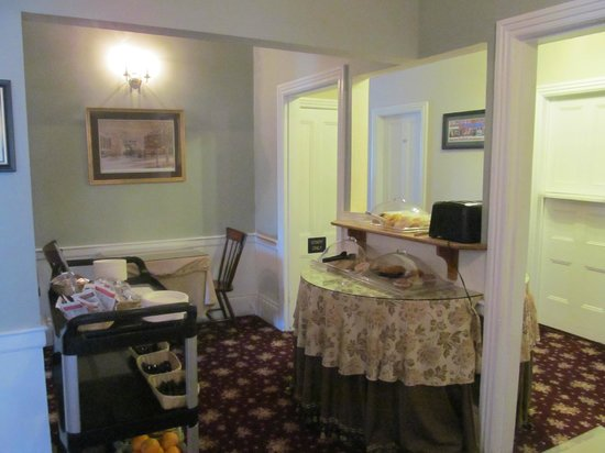 Essex Street Inn & Suites:                   Breakfast area