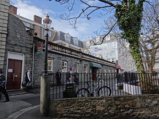 Best Western Moores Central Hotel: Roof Terrace from below