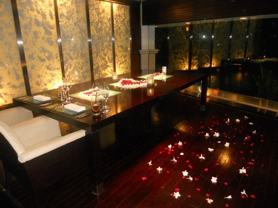 AYANA Resort and Spa:                   Private room for romantic dinner