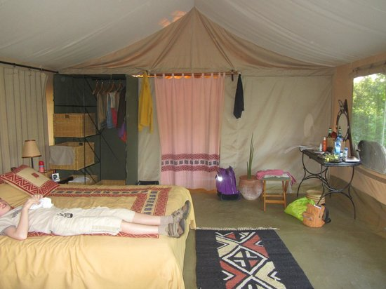 Porini Amboseli Camp:                   Spacious and very clean bedroom