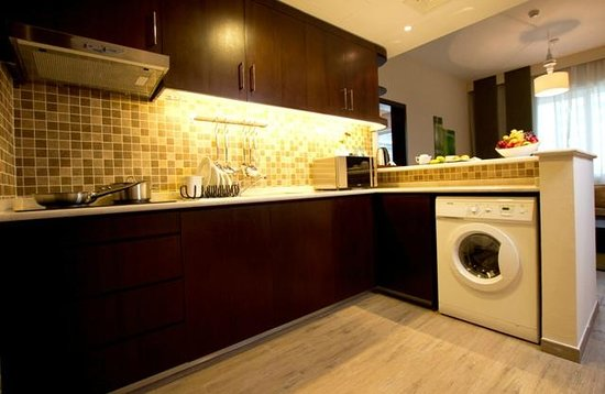 Vision Links Hotel Apartments 3: Kitchen