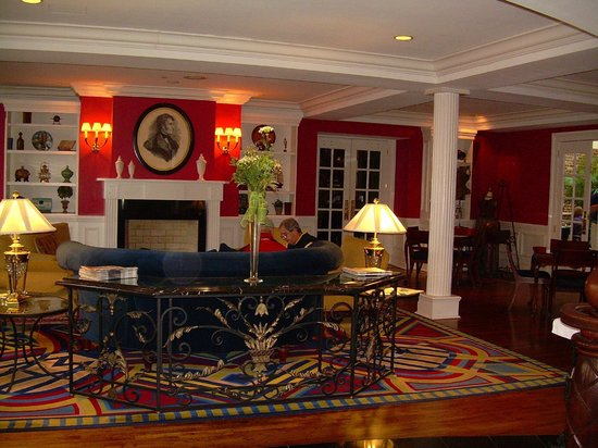 The Marshall House:                   Gathering room/game room in lobby